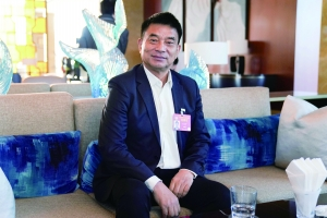 刘永好:大力发展民营企业,是新的希望所在