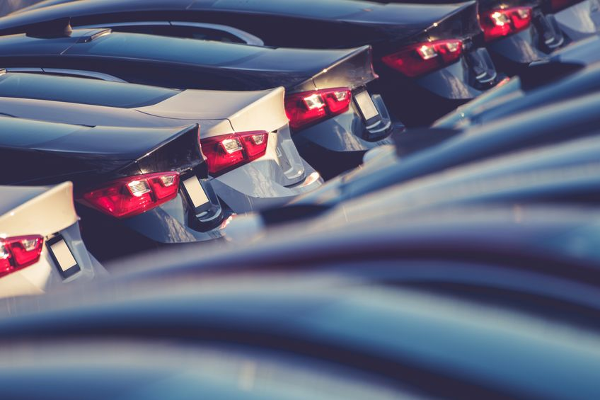 菲亚特克莱斯勒因排放超标将召回96.5万辆汽车
