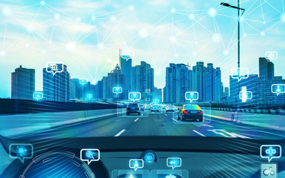 董扬:车企不能靠宣传自动驾驶技术打开市场