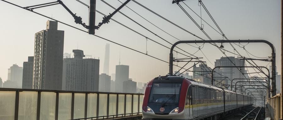 我国首次成功实现地铁盾构下穿运营中的高铁隧道