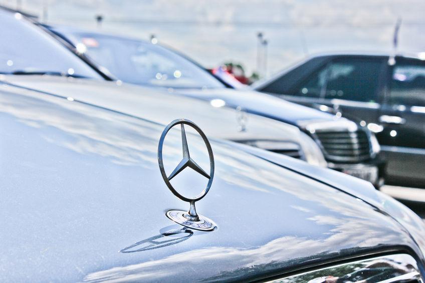 一季度奔驰领跑豪华车市场 部分品牌急盼以价换量