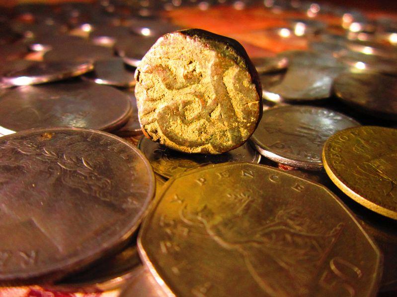 COMEX 6月黄金期货收涨0.1%
