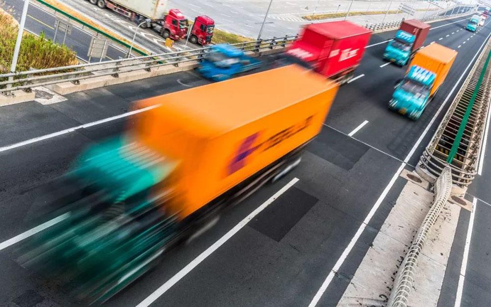 交通运输部等部门:加快道路货运行业转型升级