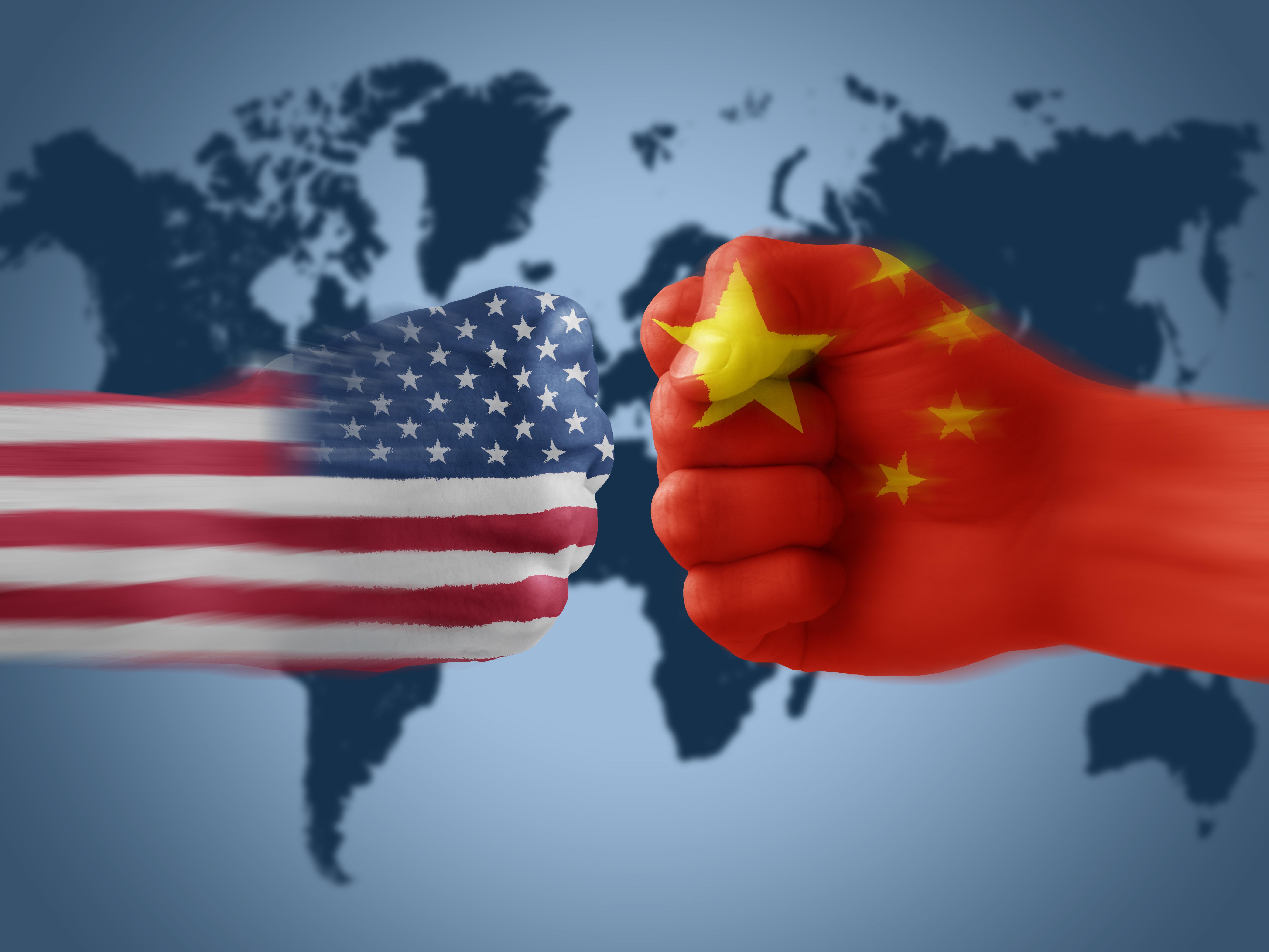 人民日报钟声:中国不会屈服于任何极限施压