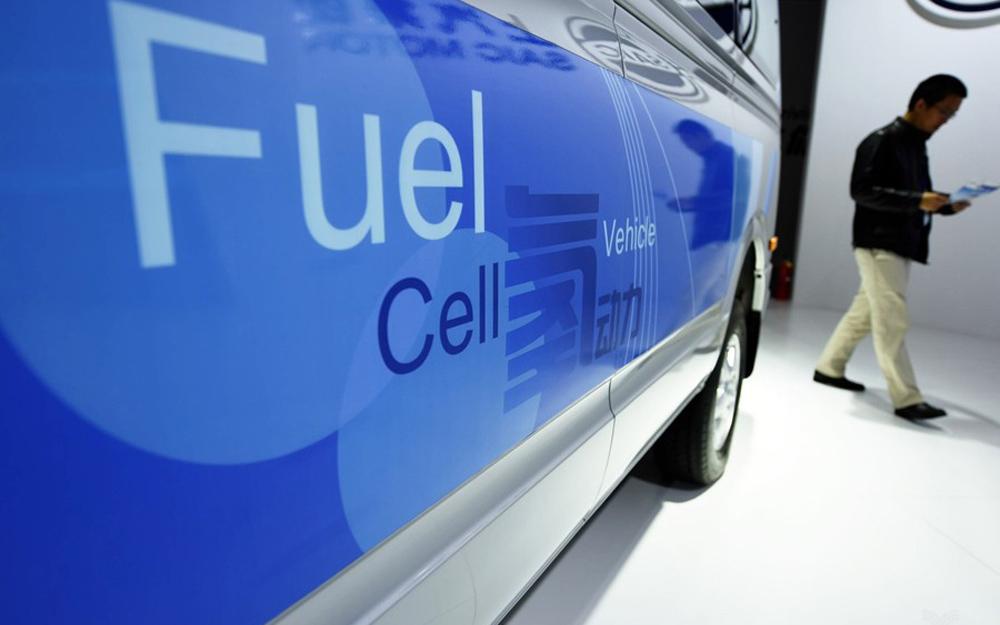 新能源汽车岔路口:纯电动瓶颈,氢燃料登场
