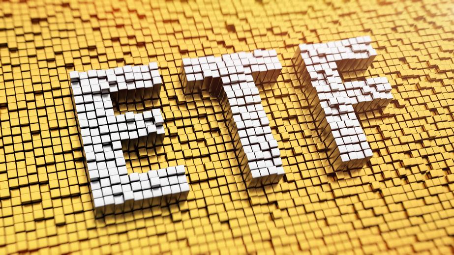 机构越跌越买 股票型ETF份额逆势增长