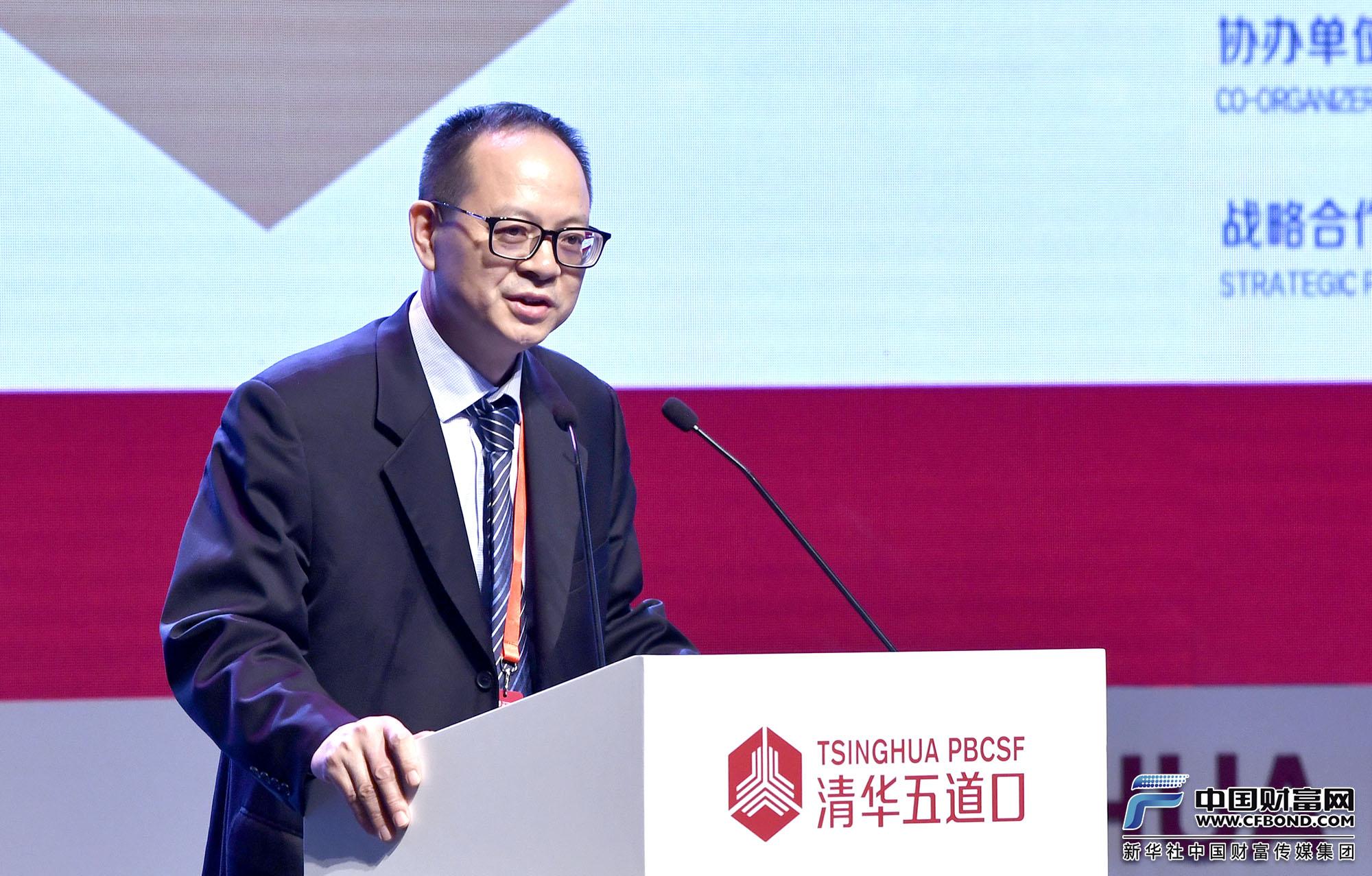 演讲嘉宾:国家自然科学基金委员会管理科学部副主任杨列勋
