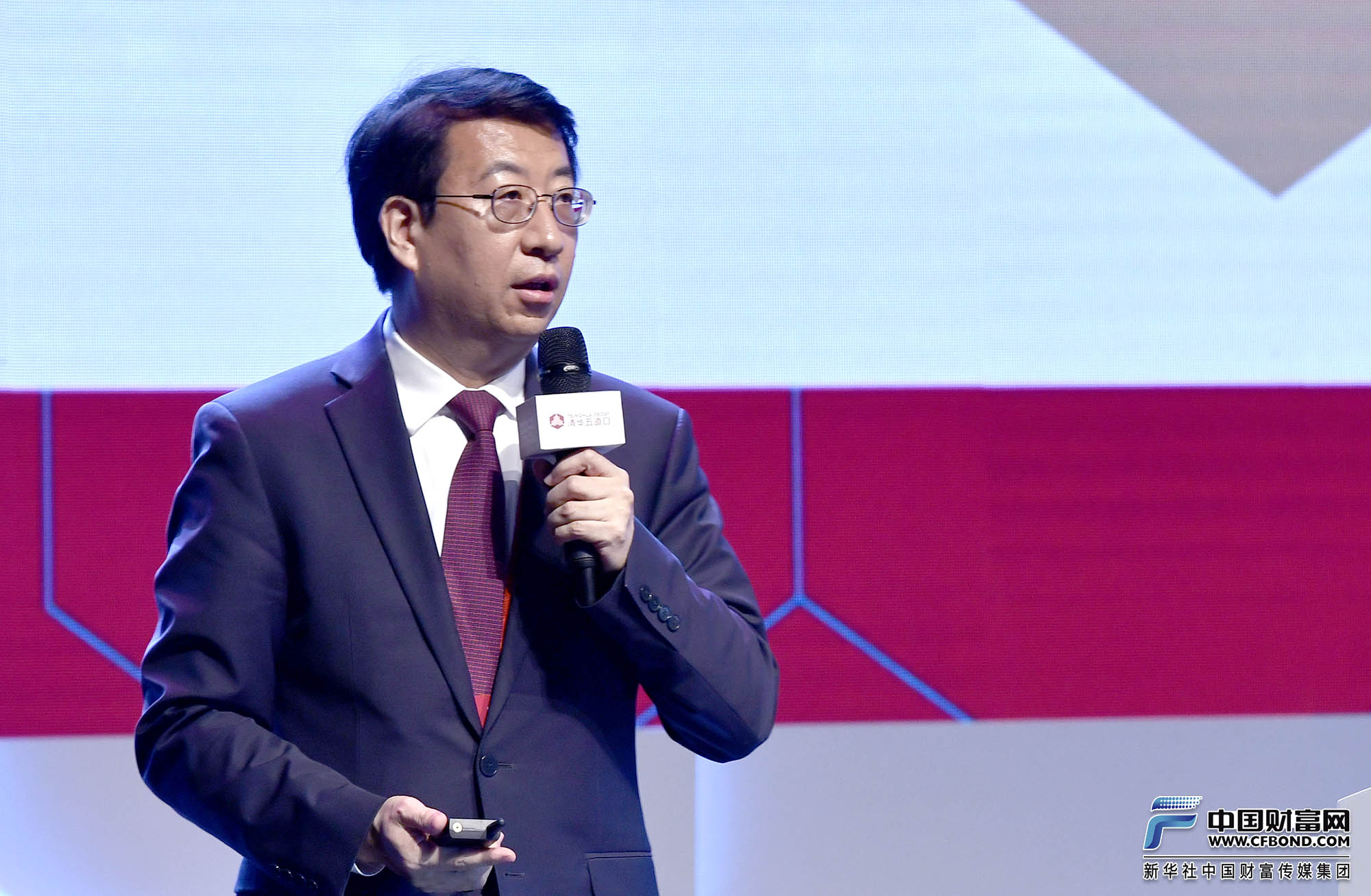 演讲嘉宾:中国国际金融股份有限公司首席运营官、资本市场业务委员会主席楚钢