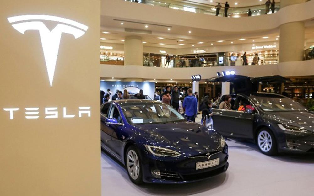 国产Model 3本周五预订,上海工厂守卫森严