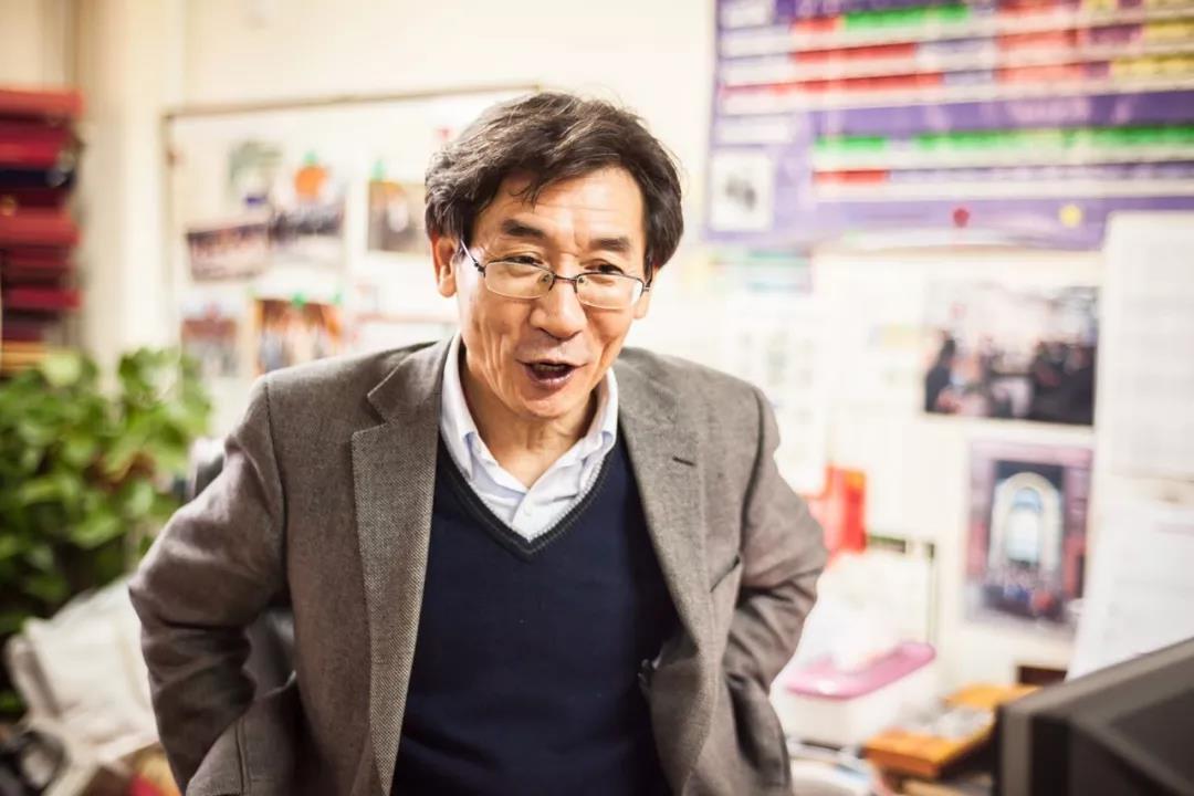 """薛其坤:""""腰纏萬貫""""的科學家和神奇的量子世界"""