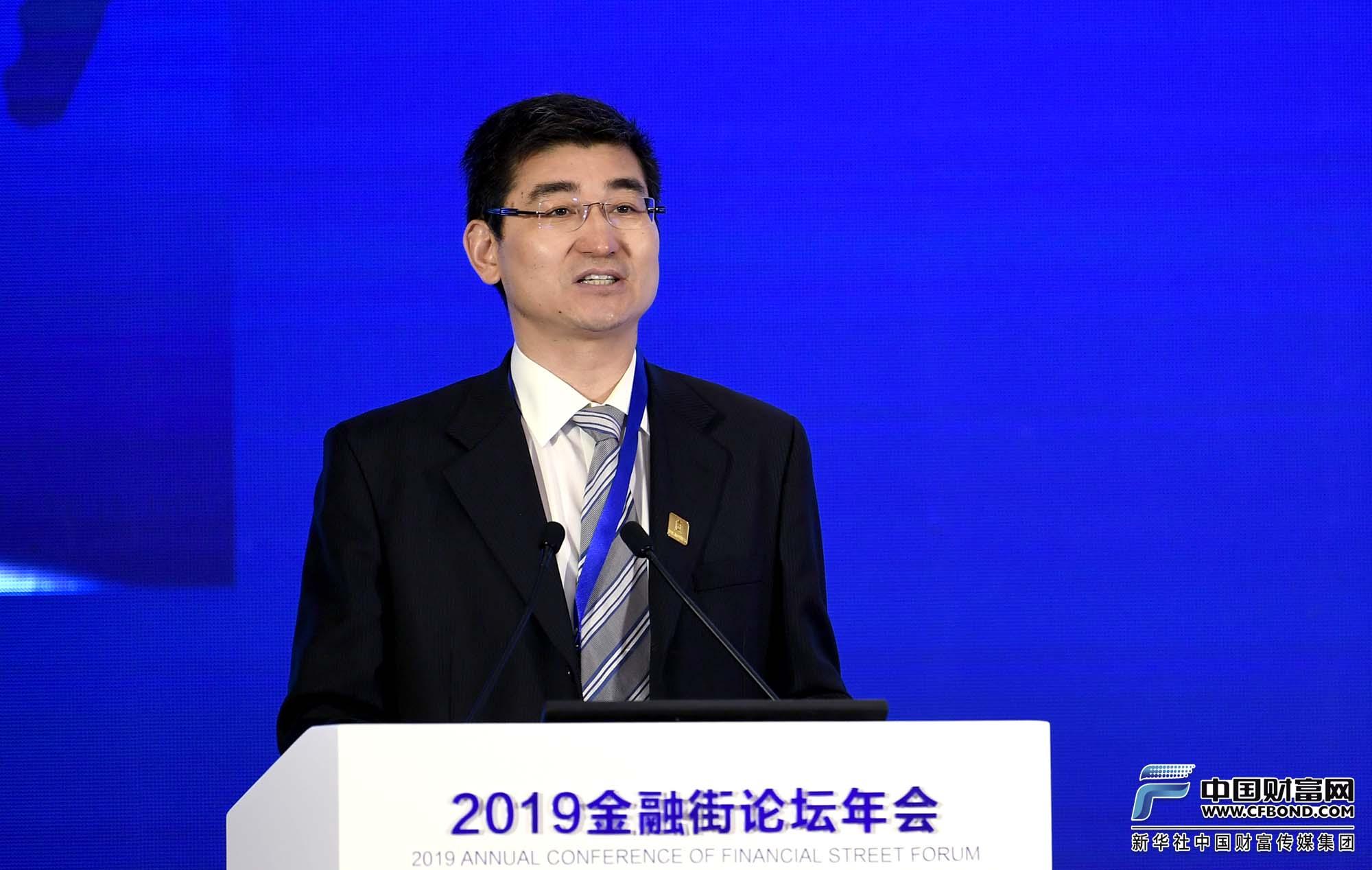 中证金融研究院院长刘青松