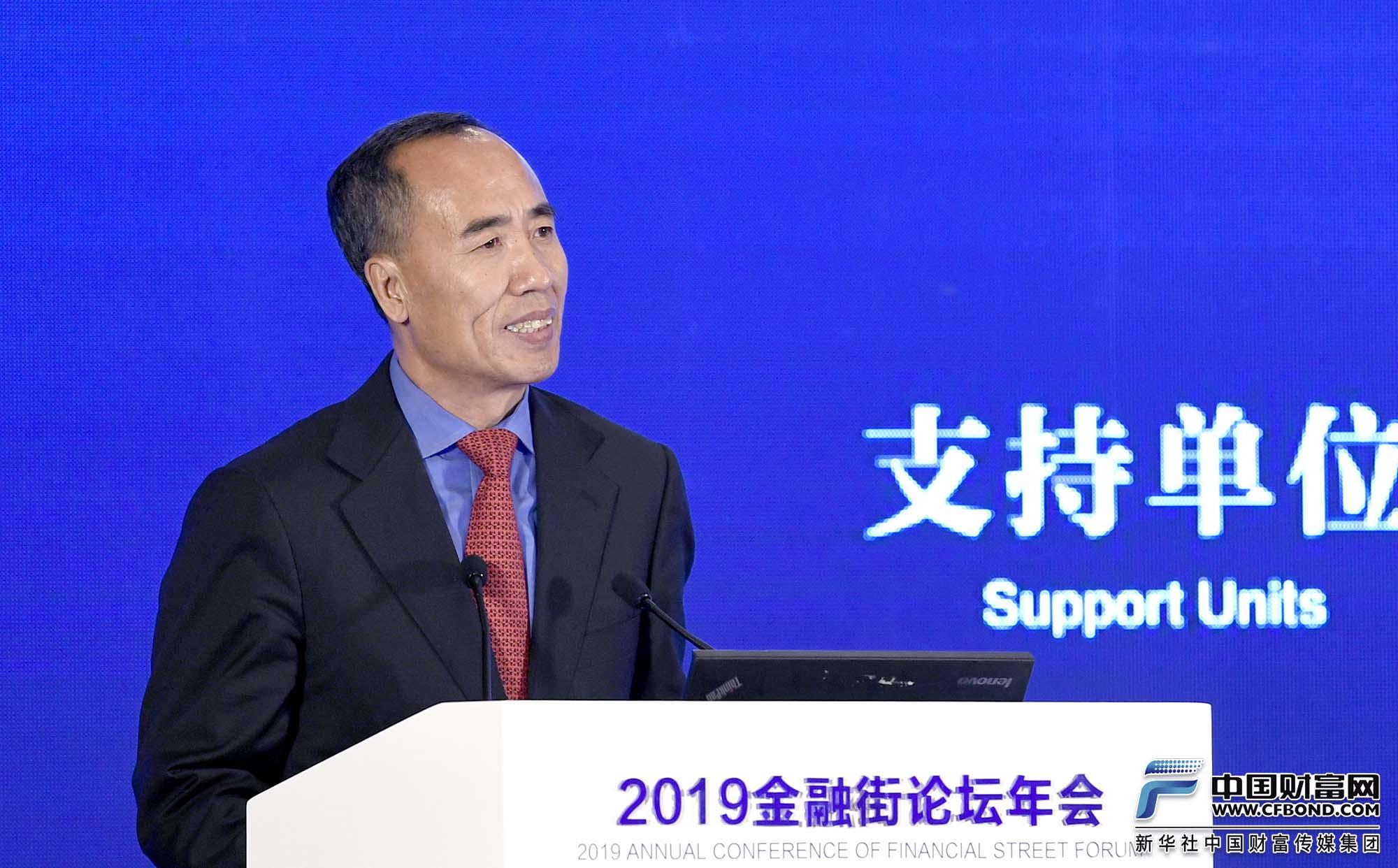 王兆星:进一步扩大外资银行和保险机构经营范围