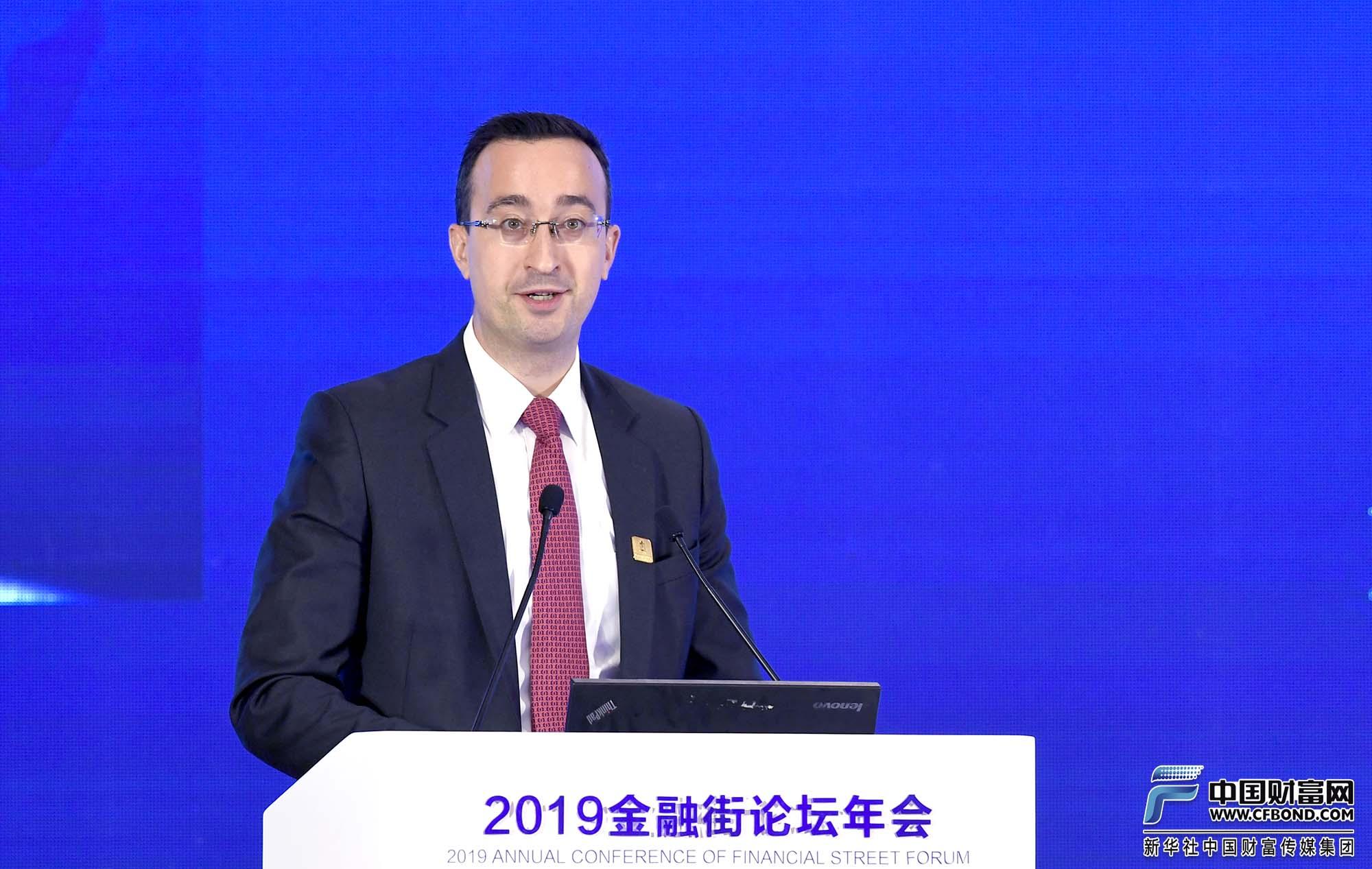 演讲嘉宾:渣打集团全球首席经济学家David Mann