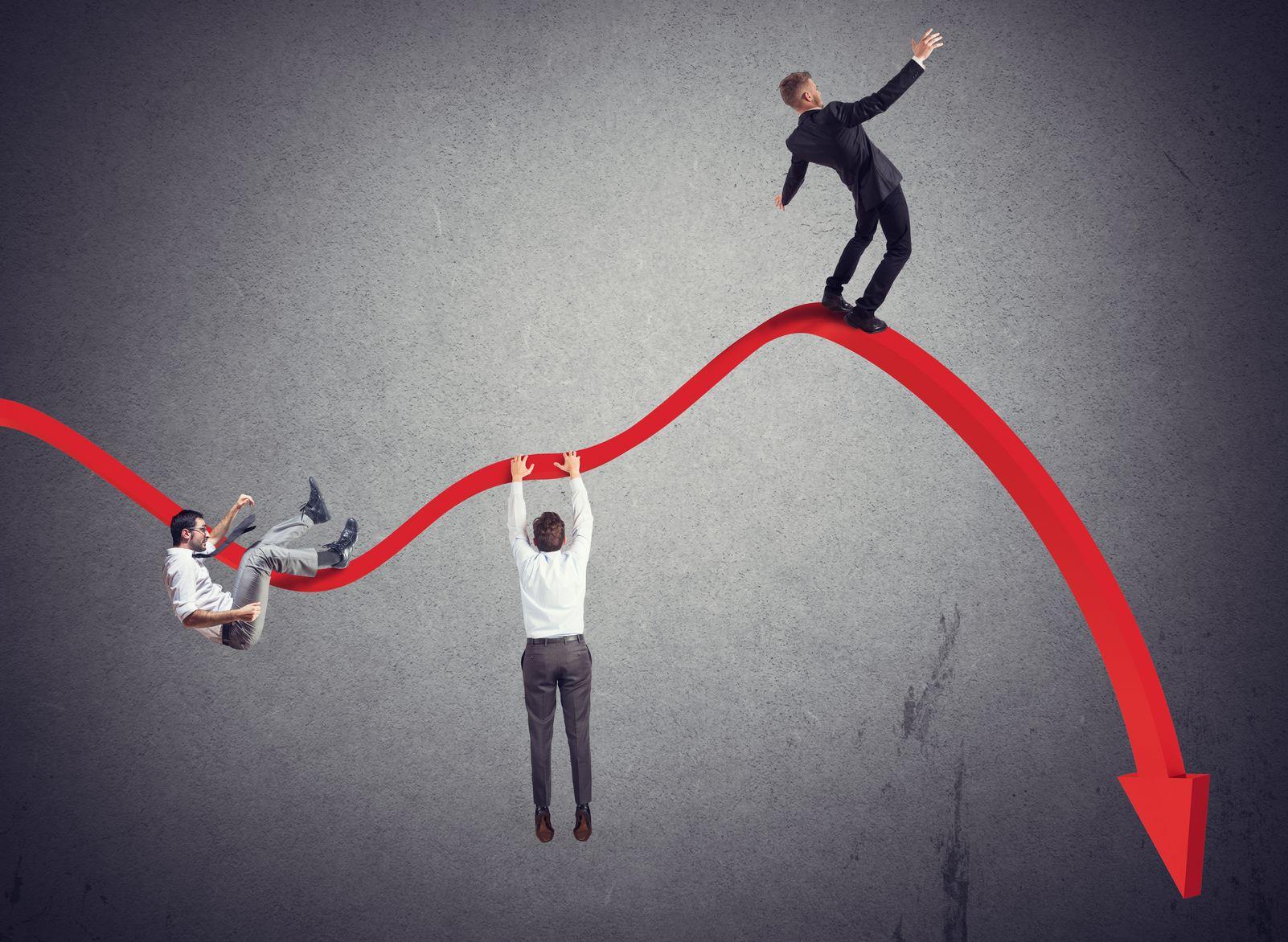 上证综指跌破半年线收跌1.17% 创业板指收跌2.42%