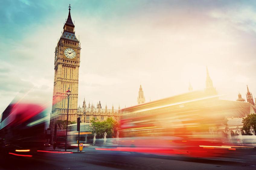 脱欧阴霾拖累英国经济