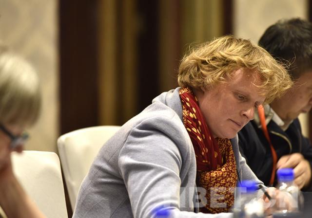 法国作家索尼娅·布雷斯勒:笔耕不辍讲述西藏的新故事