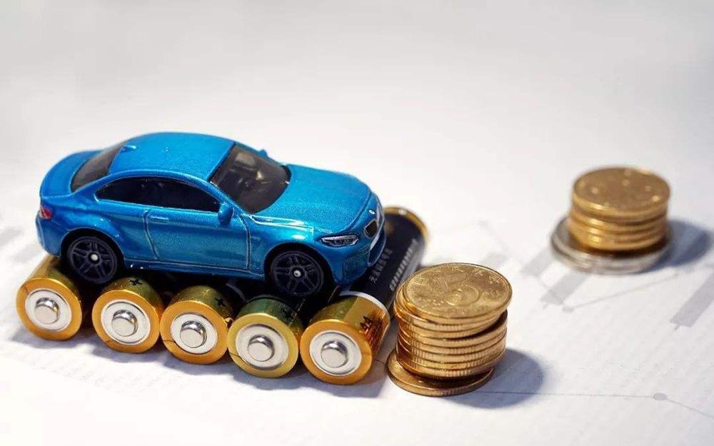 吉利汽车:上半年预计净利润同比下降40%