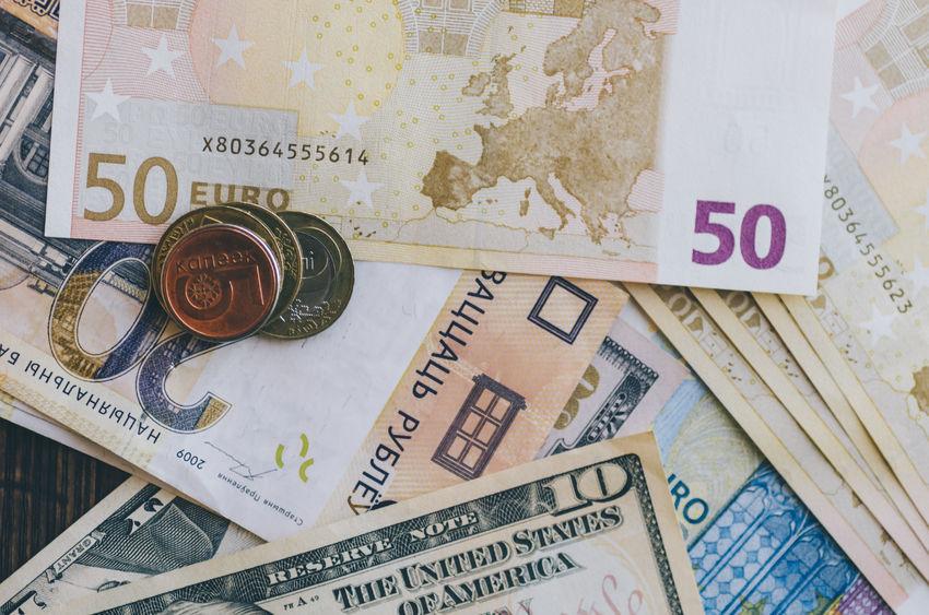 6月外汇储备规模环比增加182.3亿美金