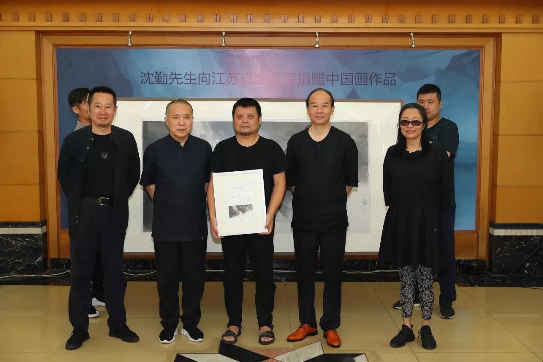 【雅昌快讯】不忘初心 匠心前行   沈勤先生向江苏省国画院捐赠中国画作品
