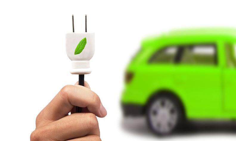 寒流從下往上蔓延 新能源汽車產業鏈分化明顯