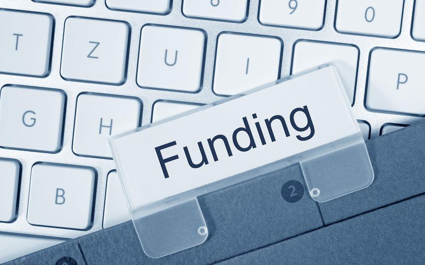 银河证券:公募基金与外资持股市值差额首次扩大