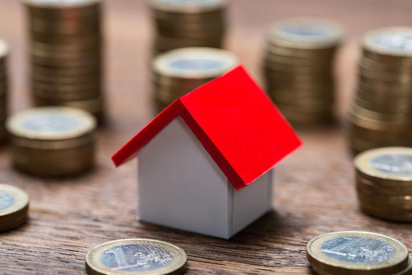 60余家房企披露中期业绩 龙头房企毛利率持续攀升