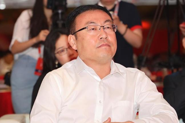 """西凤酒董事长张正:老品牌要有""""五星级店小二""""的服务态度"""