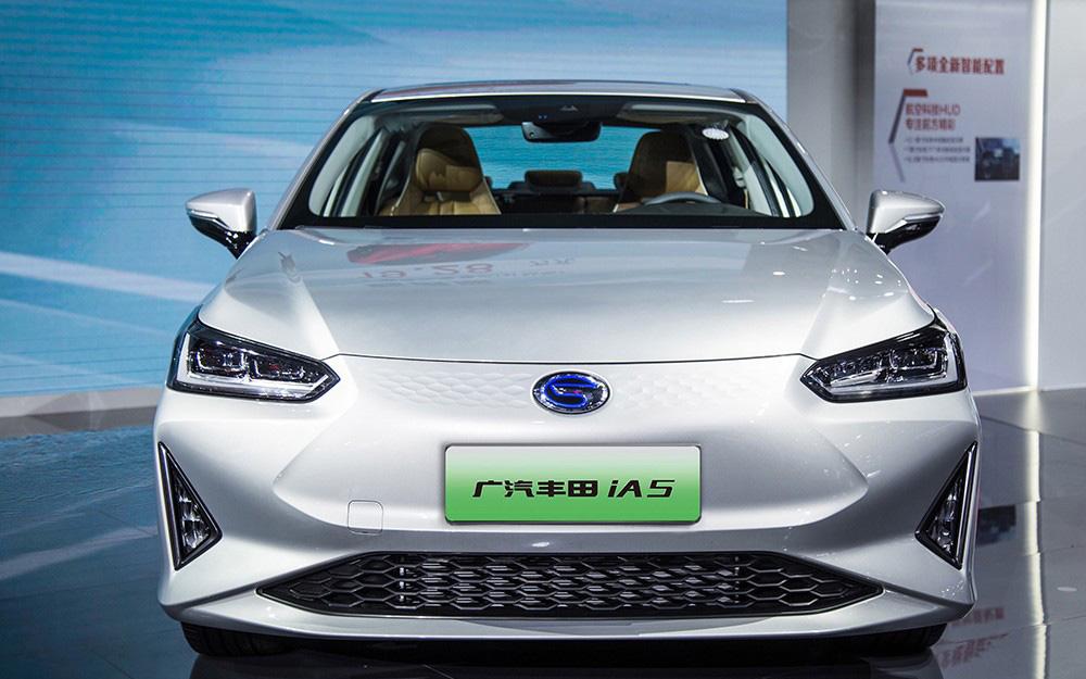 广汽丰田首款量产纯电轿车iA5成都车展正式上市