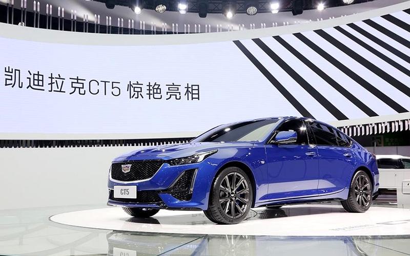 凯迪拉克全新中型豪华轿车CT5亮相成都车展