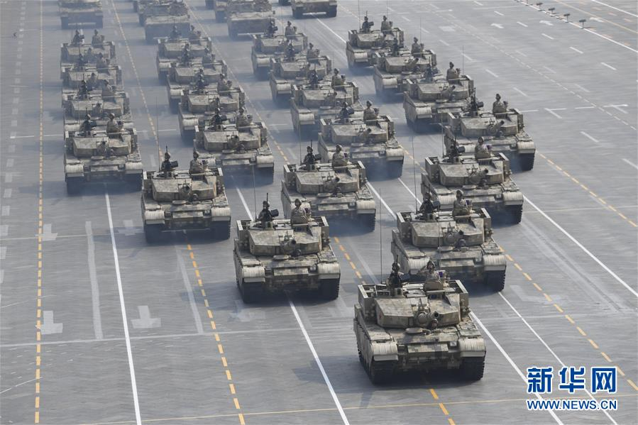 """坦克方隊:新一代""""陸戰之王""""亮相國慶閱兵"""