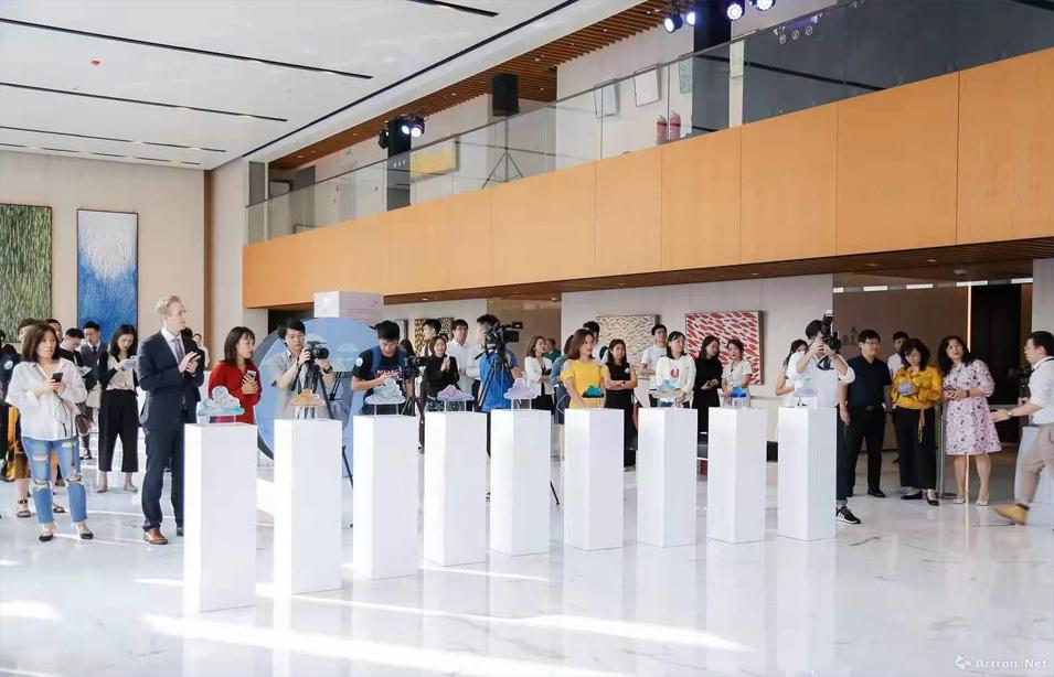佐頓維贊玻璃藝術作品展在凱華國際中心舉辦