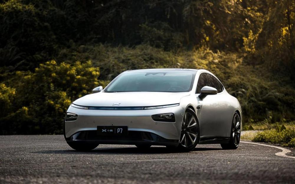 小鹏推出首款轿跑P7 广州车展开启预售