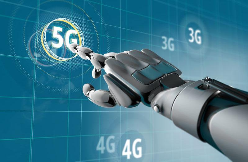 """5G发展硬件先行 各地网络建设""""踩油门"""""""