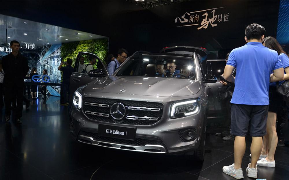 梅赛德斯-奔驰全新GLB SUV