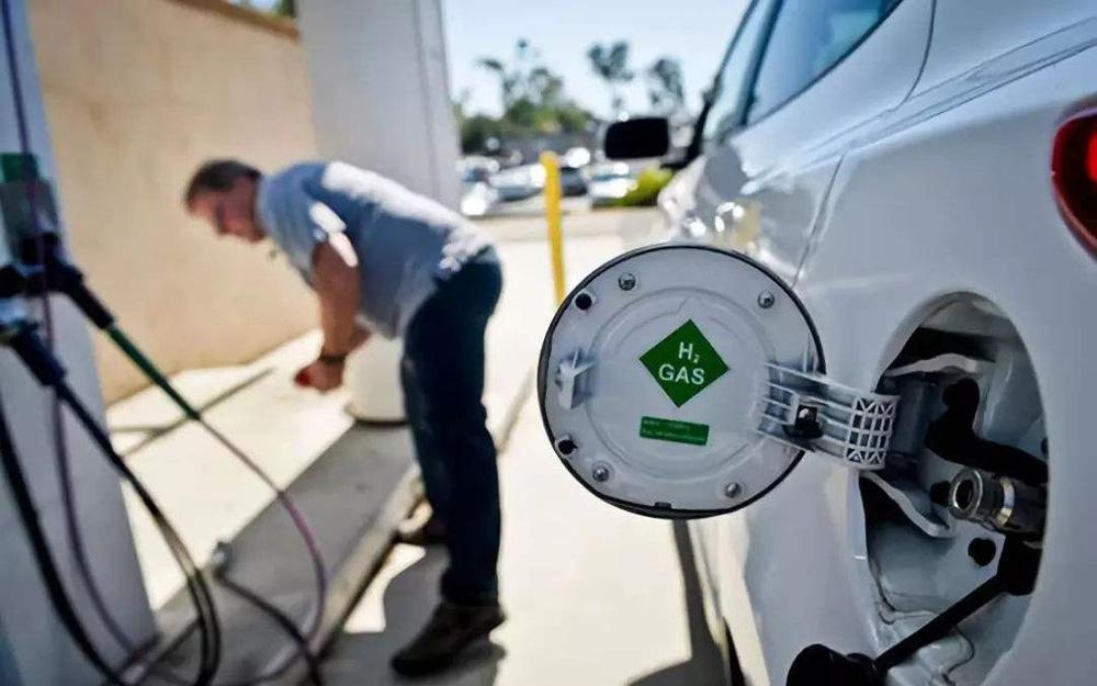 工信部:支持有条件地区开展燃料电池汽车商业化示范运行