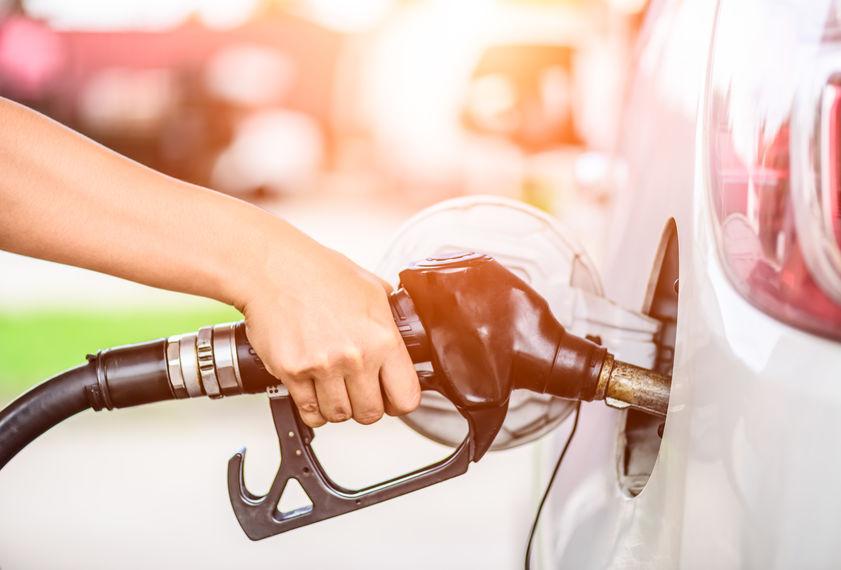 加仓迹象显现 基金瞄准新能源汽车投资良机
