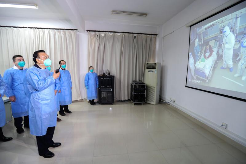 李克強到武漢考察指導疫情防控工作