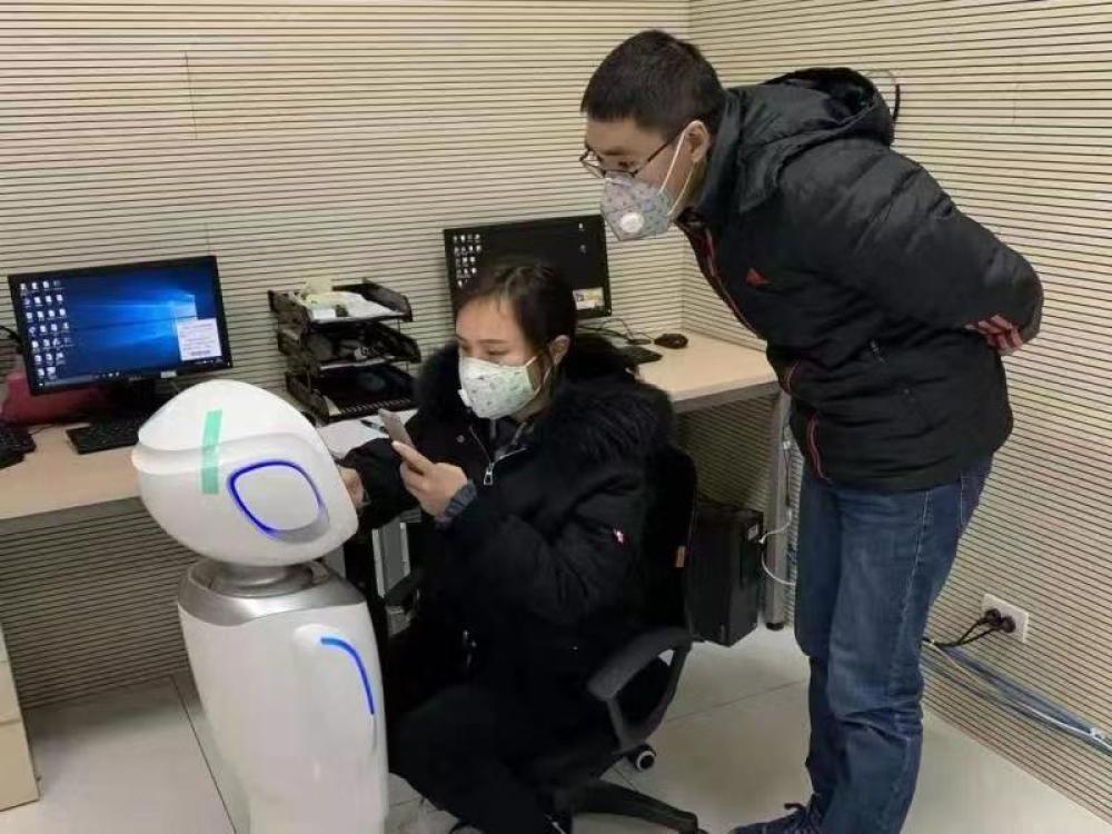 科沃斯向5家醫院捐贈智慧機器人