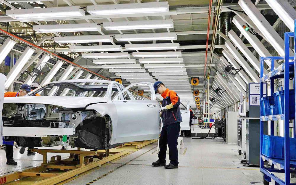 重庆汽车、电子两大支柱产业基本实现全面复工