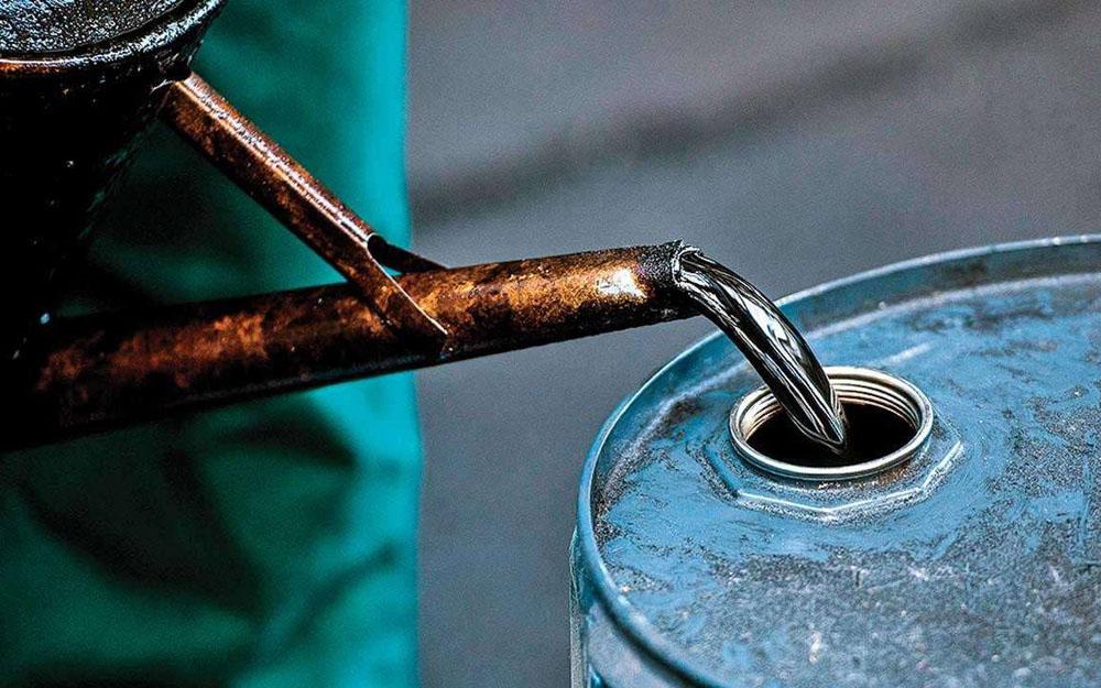 积极应对国际油价下跌对经济的影响