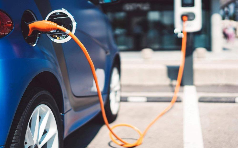 """新能源车能否撞开""""限购之门""""?"""