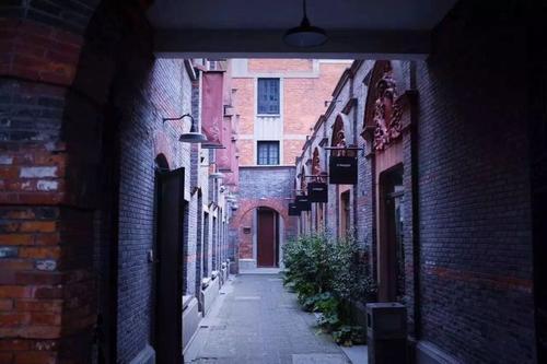 在海派小说中读上海城市的生长