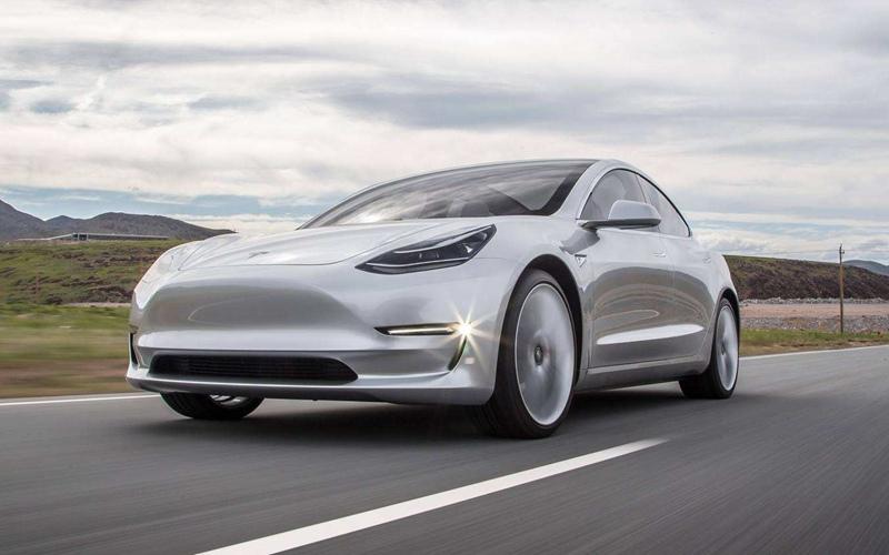 马斯克:上海工厂有望实现年产100万辆汽车的目标