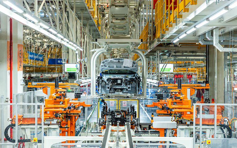 国产大众ID.车在此诞生 探访上汽大众新能源汽车工厂