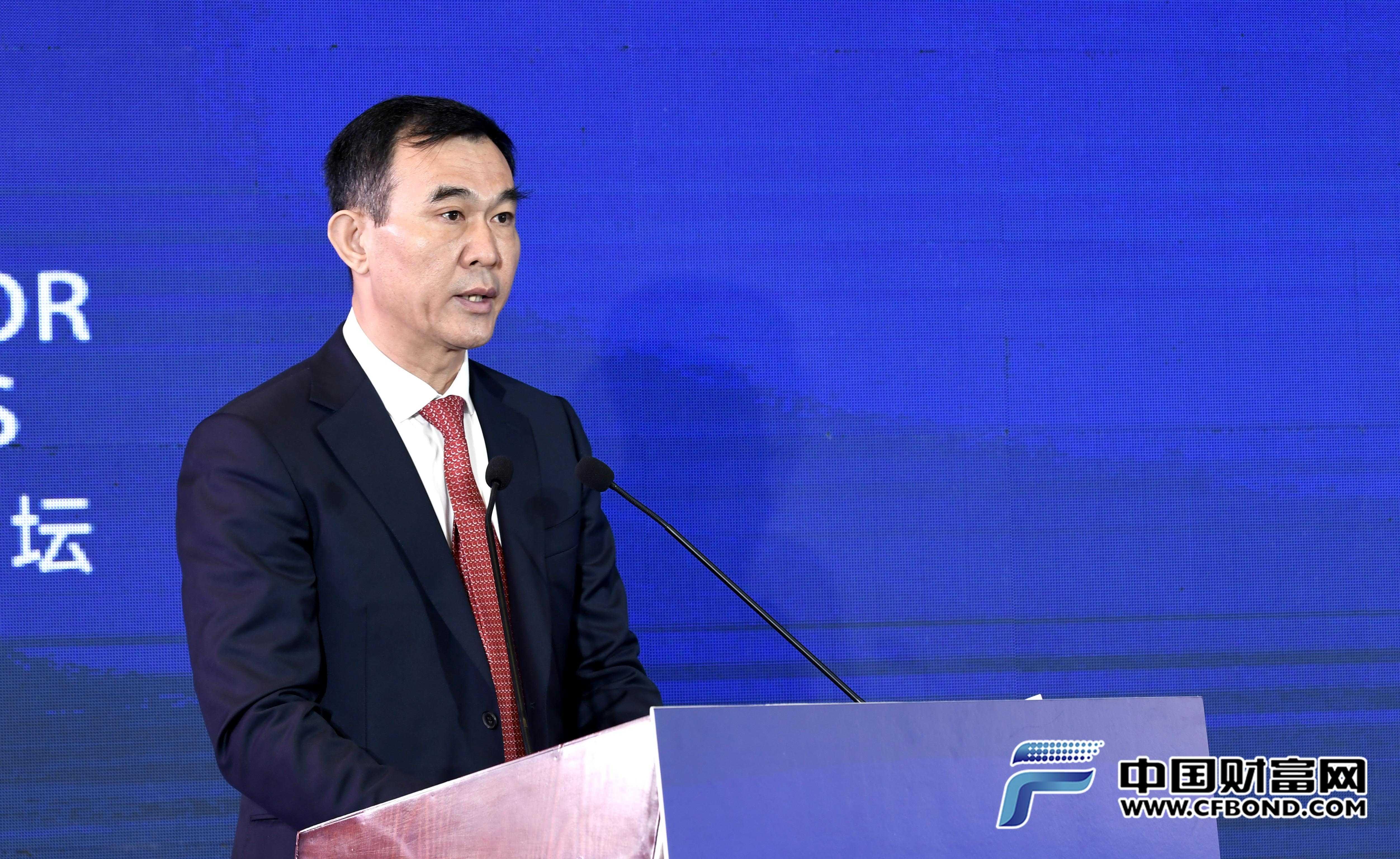 中国黄金协会副会长、中国黄金集团有限公司副总经理赵占国致辞
