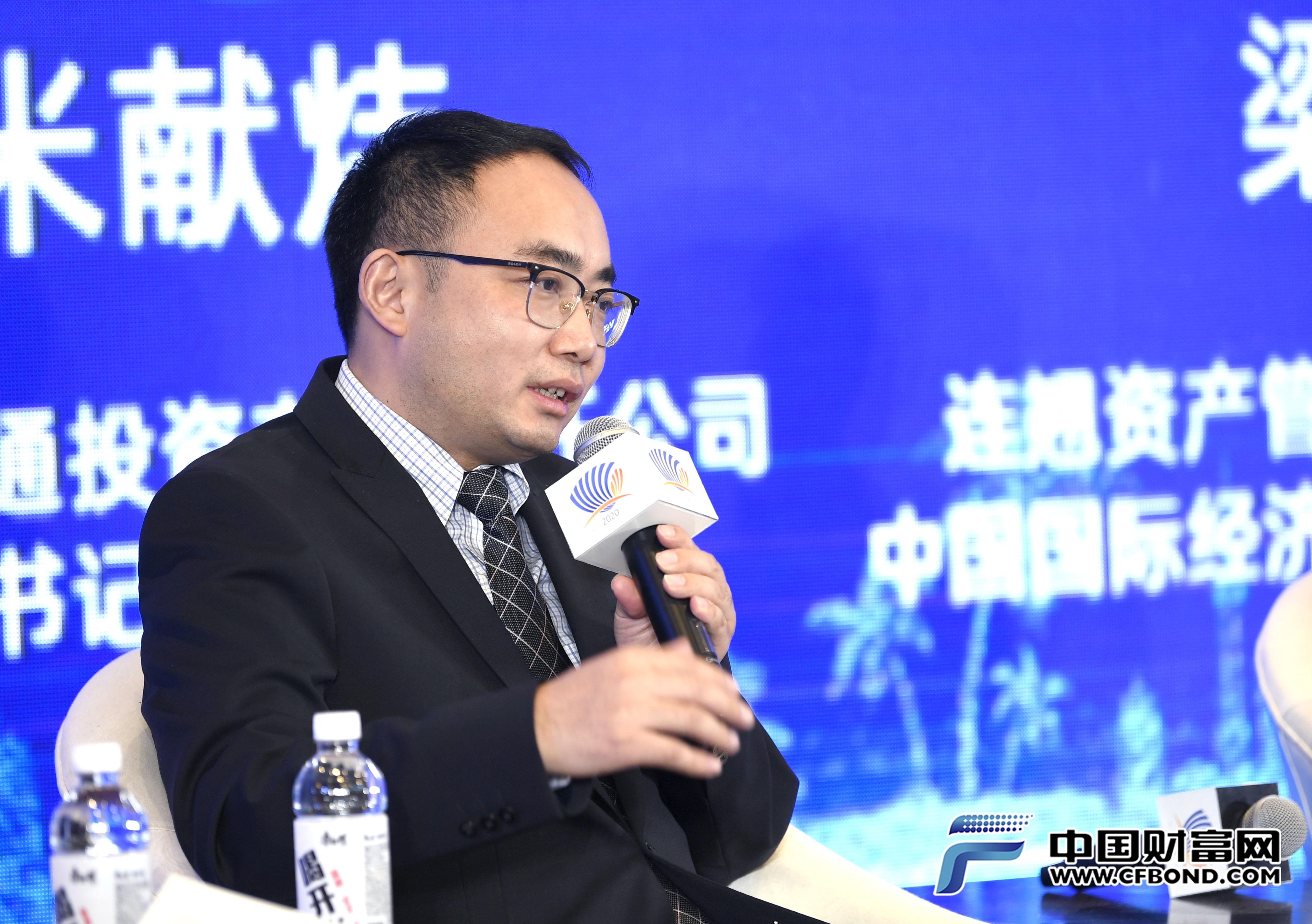 胡恒松:债市发行注册制落地有效提高发债效率
