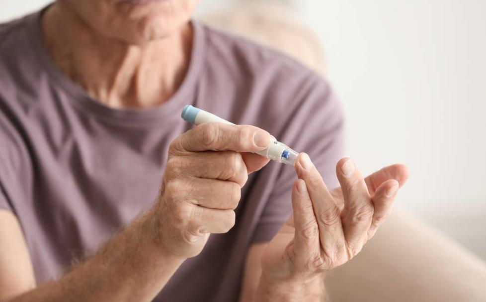 老年糖尿病患者有了首部诊疗指南!