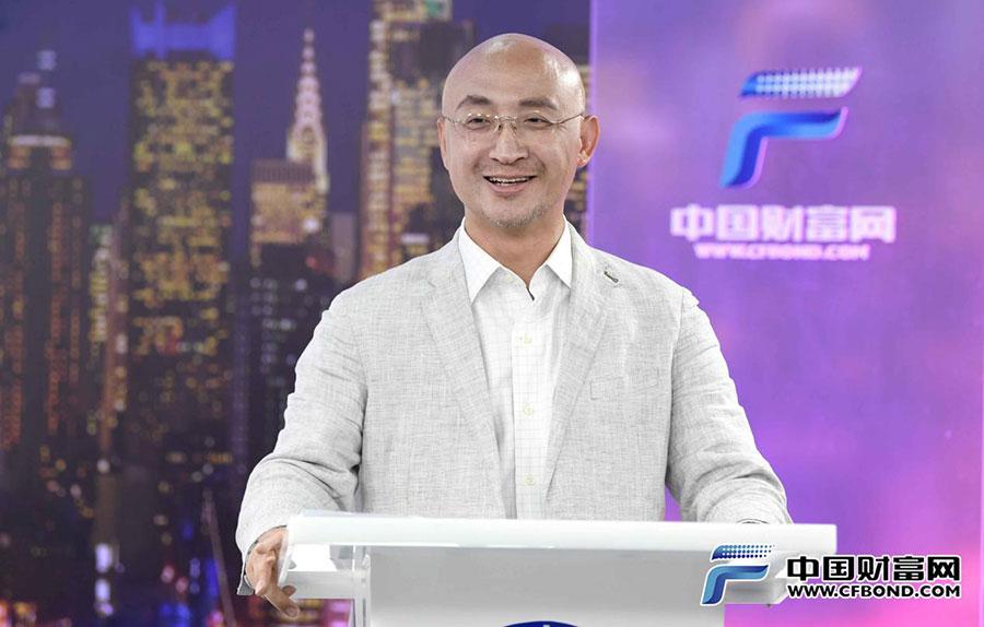 中国上市公司协会副会长兼秘书长何龙灿致辞