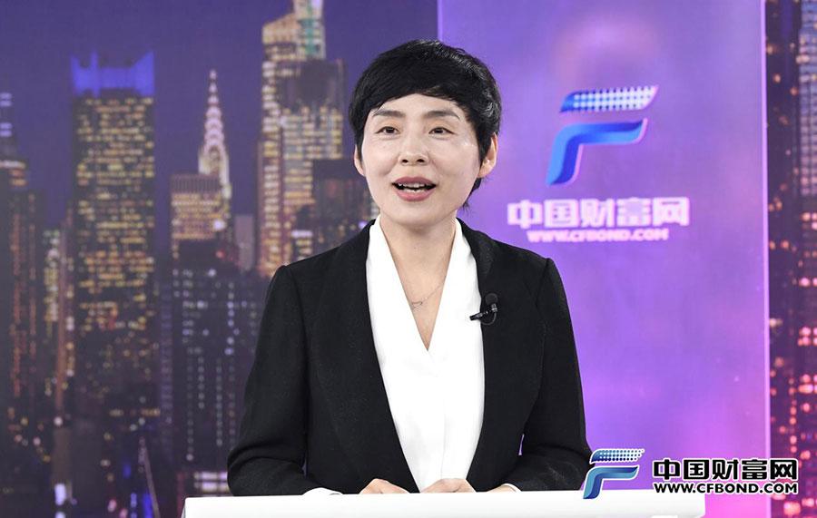 中国证券业协会秘书长张冀华致辞