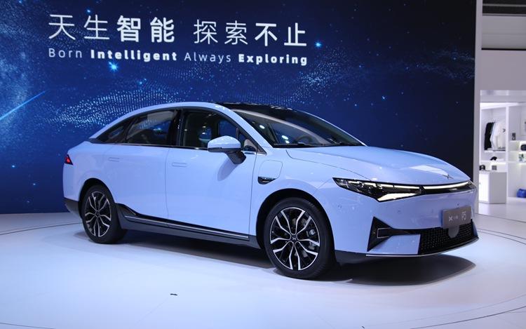 小鹏P5正式开启预售 预售价16万